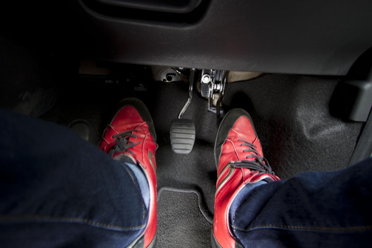MT乗りでもほぼ知らない! どんなクルマでもいつかは起こる「クラッチが滑る」ってどんな症状?