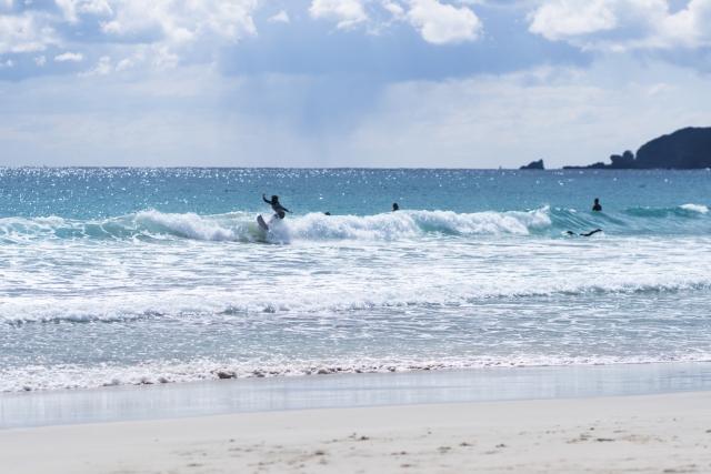 宮崎のサーフィンおすすめスポット14選!有名所や初心者でも楽しめるポイントはココ!