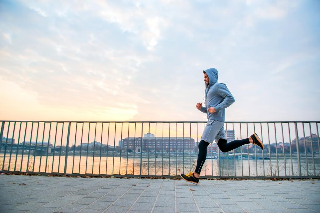 【あえて走らない】意識が高まっているランナーへの注意 スポーツ精神科医が解説
