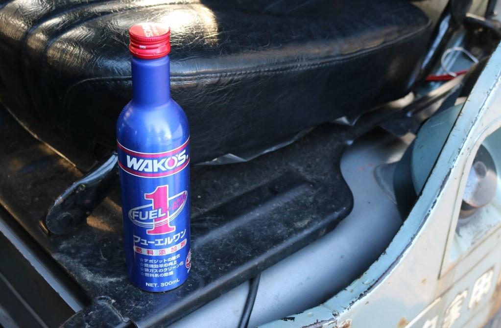 車屋さんに聞いた、簡単すぎる「車のメンテナンス」法。燃料添加剤を注ぐだけで手軽に続けられるよ|マイ定番スタイル