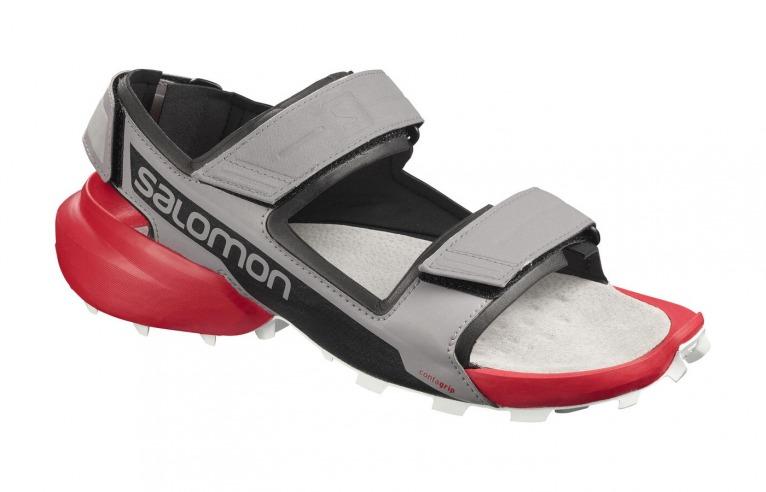 多くのトレイルランナーに愛されるサロモンの「SPEEDCROSS 5」がサンダルに。見た目のインパクトも大。