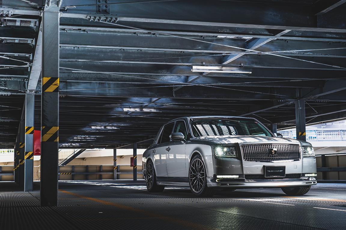 これぞ禁断のカスタム! 皇室も乗る「超VIP専用車」トヨタ・センチュリーを変身させた衝撃の4台