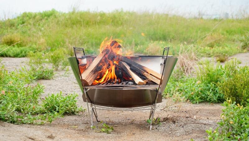 ラプカの風防をレビュー!焚火台が大胆に変化するオプションに感動♪