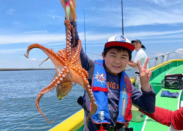 東京湾で今年も沸きよし! 今流行りのエギで釣るマダコ「エギタコ」にハマる!
