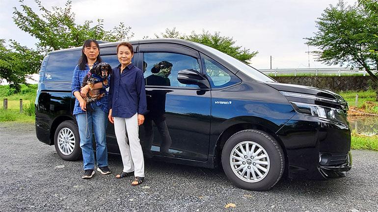 夢は日本一周!スタイリッシュなキャンピングカーで犬連れ車旅を楽しむ、女性オーナーにインタビュー