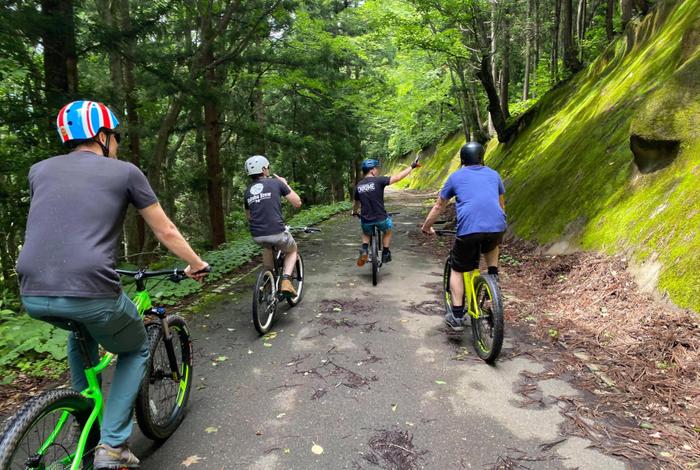 【ライムリゾート妙高】日本百名滝・苗名滝を目指すクロスバイクツアー