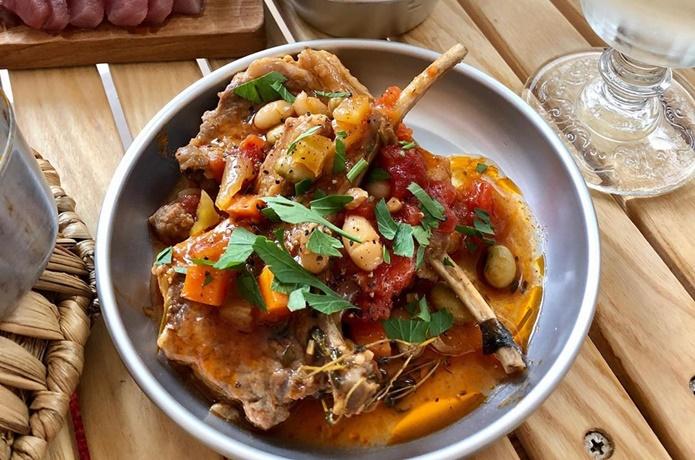 目指せメスティンマニア!@mestinmaniaの絶品レシピ#75【ラムチョップのトマト煮込み】