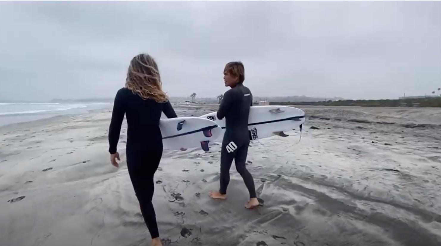 """【2020年注目の】Rob Machadoと進藤晃がカリフォルニアの小波で繰り広げたFIREWIRE surfboardsのRob Machadoシェイプ""""SEAWOLF""""セッション"""