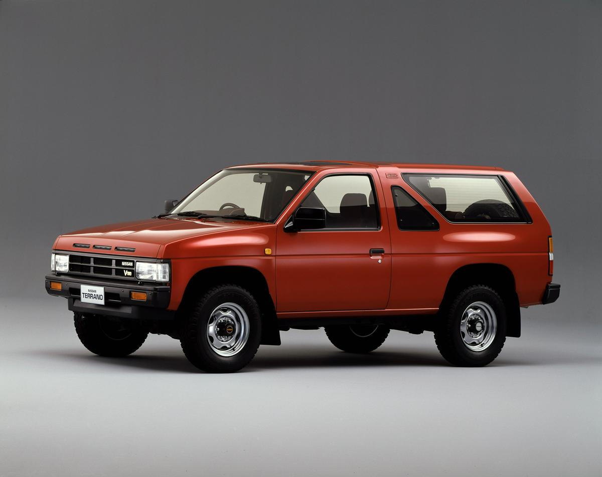 マックのCMで「キムタク」が乗ってる旧車がカッコいいと話題! いったい何の車種?