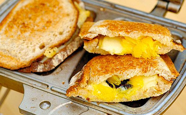 キャンプの定番・ホットサンドメーカーおすすめ13選!美味しいキャンプごはんを簡単に作れる!