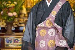 葬儀や法要で僧侶の手配をする方法とは?ネットで手配する手順も紹介します