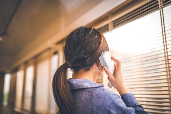 訃報を電話で伝える際の基本事項
