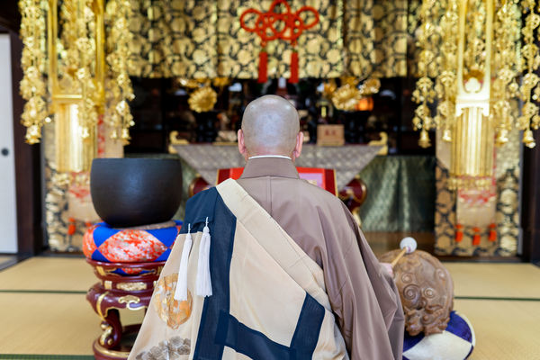 寺院葬とは?寺院葬のメリット・デメリット