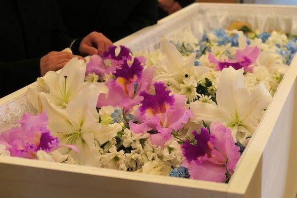 葬儀の種類にはどんなものがあるの?家族葬、一般葬などの種類をご紹介します