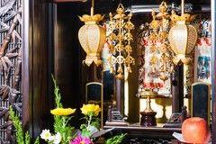 天台宗の葬儀とは?葬儀の流れやマナーを解説|梵音具も紹介