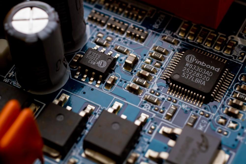 【すべての国籍、設計・開発エンジニア】◆機械系・電気系・情報系専攻 ★半導体製造のロボット技術を持つグローバルメーカーがエンジニアを募集!(求人番号47)
