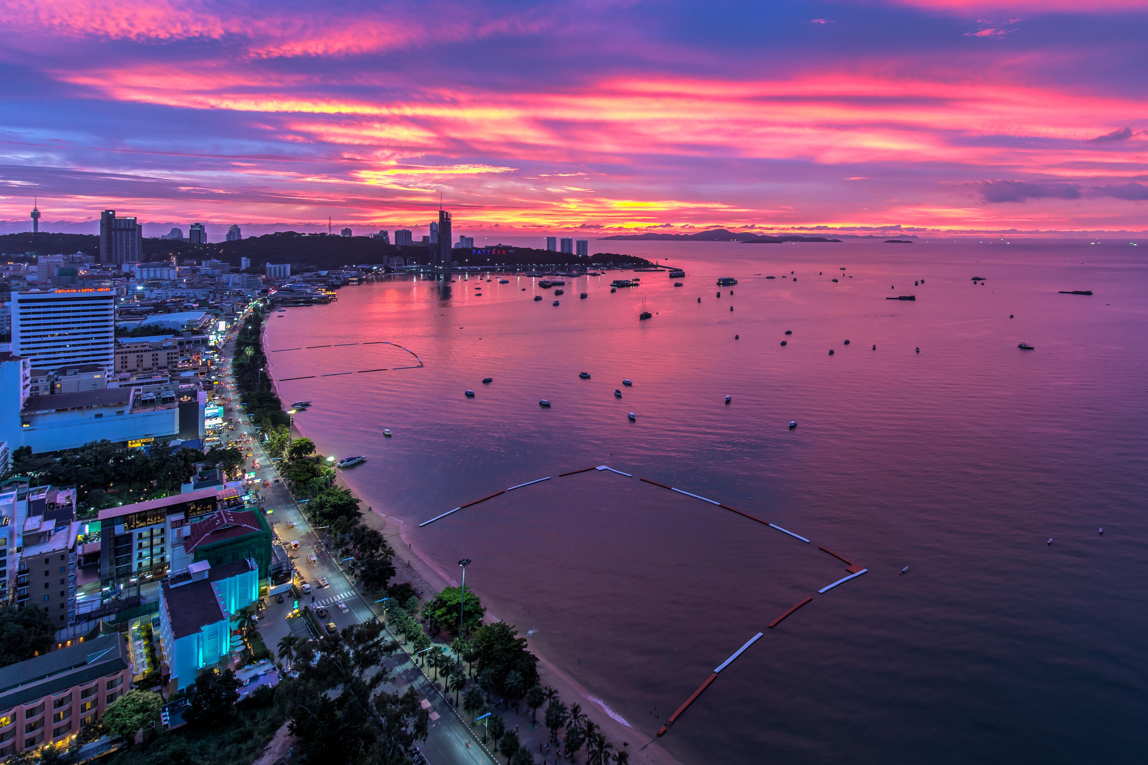 【จังหวัดชลบุรี】すぐにタイに帰国して日系企業で技術営業として働きたい方!