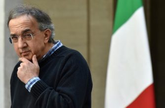 """(FILES) In this file photo taken on May 05, 2016 FCA (FIAT), CEO Sergio Marchionne is pictured during the presentation of the new FCA (FIAT) car """"Giulia"""" at Chigi palace in Rome.  Fiat veteran boss Sergio Marchionne has died at the age of 66, according to holding company Exor on July 25, 2018. / AFP PHOTO / ALBERTO PIZZOLI"""