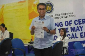 Former Liberal Party standard bearer in the May 2016 presidential elections Mar Roxas files his certificate of candidacy (COC) as senatorial bet for the May 2019 elections on Tuesday, October 16, 2018 (Photo by Jerold Tagbo, Eagle News Service)