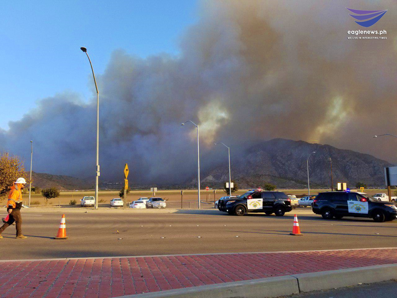 #EBCphotojournalism: Santa Rosa Valley wildfire burns in Southern California