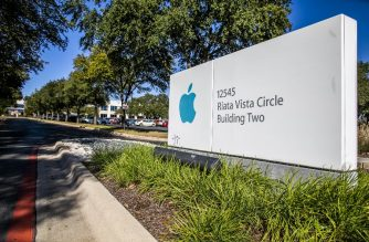 AUSTIN, TX - DECEMBER 13: A sign for an Apple Inc. campus on Riata Vista Circle is seen on December 13, 2018 in Austin, Texas. Apple announced it will be spending $1 billion on a new campus in North Austin that will initially employ 5,000 and potentially increase to 15,000 workers. The new site will be on a 133-acre plot located within 1 mile of the current facility.   Drew Anthony Smith/Getty Images/AFP