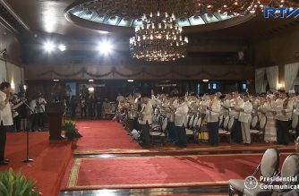 (File photo) President Rodrigo Duterte swears in. on Feb. 22, 2019, the 80 members of the Bangsamoro Transition Authority (BTA) led by its interim chief minister, Moro Islamic Liberation Front chair Al Hajj Murad.  (Photo grabbed from RTVM video/Courtesy RTVM)