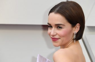 (FILES) In this file photo taken on February 24, 2019 Emilia Clarke arrives for the 91st Annual Academy Awards at the Dolby Theatre in Hollywood, California. - Some of the biggest names in media and tech are gearing up to move into streaming, in what could be a major challenge to market leader Netflix. Apple is expected to make its move with an announcement March 25 on its media plans, with a war chest estimated at some $1 billion and partners including stars like Jennifer Aniston and director J.J. Abrams involved in content. (Photo by Mark RALSTON / AFP)