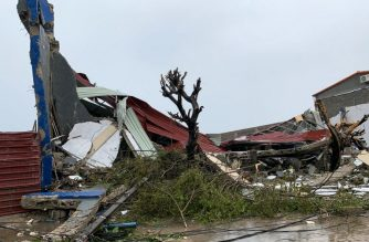 "This handout picture taken and released on March 18, 2019 by the United Nations World Food Programme (WFP) shows damages in Beira, Mozambique, in the aftermath of the passage of the cyclone Idai. - A cyclone that ripped across Mozambique and Zimbabwe has killed at least 162 people with scores more missing and caused ""massive and horrifying"" destruction in the Mozambican city of Beira, authorities and the Red Cross said on March 18, 2019. (Photo by Déborah NGUYEN / WFP / AFP) / RESTRICTED TO EDITORIAL USE - MANDATORY CREDIT ""AFP PHOTO / UN WFP / DEBORAH NGUYEN"" - NO MARKETING - NO ADVERTISING CAMPAIGNS - DISTRIBUTED AS A SERVICE TO CLIENTS"