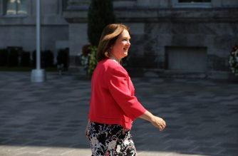 Jane Philpott arrives at Rideau Hall in Ottawa, Ontario on August 28, 2017, where Prime Minister Justin Trudeau is expected to announce changes to his cabinet. (Photo by Lars Hagberg / AFP)
