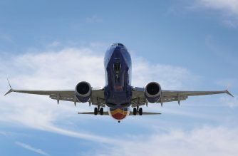 FORT LAUDERDALE, - MARCH 11: A Southwest Boeing 737 Max 8 enroute from Tampa prepares to land at Fort Lauderdale-Hollywood International Airport on March 11, 2019 in Fort Lauderdale, Florida. Boeing's stock dropped today after a second deadly crash involving the Boeing 737 Max 8, the newest version of its most popular jetliner.  Joe Raedle/Getty Images/AFP