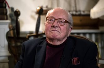 France's far-right Front National (FN) party founder and former leader Jean-Marie Le Pen poses in his office during an interview at his house in Saint-Cloud outside Paris on January 9, 2019. - According to Le Pen the Yellow vests (Gilets Jaunes) movement shows similar aspects with 50's Pierre Poujade movement, reported AFP on January 10, 2019. (Photo by Christophe ARCHAMBAULT / AFP)