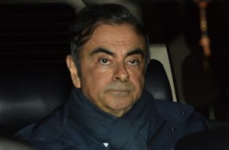 Former Nissan Chairman Carlos Ghosn leaves the office of his lawyer Junichiro Hironaka in Tokyo on April 3, 2019 - Tokyo prosecutors are considering pressing a fresh charge against Carlos Ghosn, local media said on April 3 as the former Nissan boss announced on Twitter he would be giving his side of the story. (Photo by Kazuhiro NOGI / AFP)