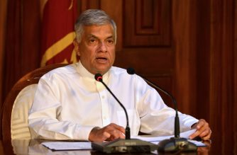 Sri Lankan Prime Minister Ranil Wickremesinghe speaks during a press conference in Colombo on April 21, 2019. - Eight people have been arrested in connection with a string of deadly blasts that killed more than 200 people in Sri Lanka on April 21, the country's Prime Minister said. (Photo by ISHARA S.  KODIKARA / AFP)