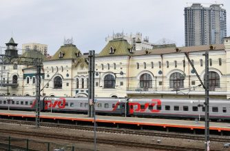 A view of the railway station where North Korean leader Kim Jong Un is expected to arrive, in the far-eastern Russian port of Vladivostok on April 24, 2019. (Photo by STR / AFP)