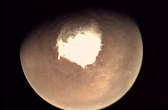 """This handout picture released on October 16, 2016 by the European Space Agency (ESA) shows planet Mars as seen by the webcam on ESA's Mars Express orbiter, as another mission, ExoMars, is about to reach the Red Planet. - This image was taken on 16 October, a couple of hours before Schiaparelli separated from its mothership. Following separation, Schiaparelli still has three days and some six million km to travel before entering the atmosphere on 19 October for a six-minute descent to a region in Meridiani Planum, close to the planet's equator. (Photo by HO / EUROPEAN SPACE AGENCY / AFP) / RESTRICTED TO EDITORIAL USE - MANDATORY CREDIT """"AFP PHOTO / ESA """" - NO MARKETING - NO ADVERTISING CAMPAIGNS - DISTRIBUTED AS A SERVICE TO CLIENTS"""