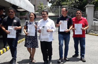 Leftists on Thursday, April 4, urged the Supreme Court to declare as void and unconstitutional the $62-million Chico River irrigation loan./Moira Encina/Eagle News/