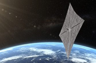"In this image released by The Planetary Society and received by AFP on June 18, 2019, shows an artist's concept of LightSail 2 above Earth. - On June 24, 2019 a SpaceX Falcon Heavy rocket will launch from Florida a bread-sized satellite equipped with a huge, glossy polyester sail: a ""solar sail"", its only means of propulsion. The device dubbed LightSail-2, was developed by the Planetary Society, an American organization promoting space exploration, co-founded by astronomer Carl Sagan in 1980. (Photo by Josh Spradling / The Planetary Society / AFP) / RESTRICTED TO EDITORIAL USE - MANDATORY CREDIT ""AFP PHOTO / The Planetary Society/ Josh Spradling "" - NO MARKETING NO ADVERTISING CAMPAIGNS - DISTRIBUTED AS A SERVICE TO CLIENTS http://www.planetary.org/press-room/lightsail/"
