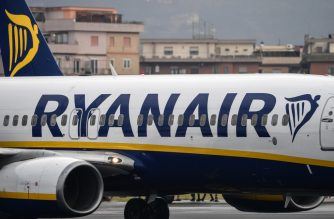 A Boeing 737-8AS bearing the Ryanair Irish low-cost airline livery, taxies on the runway of Rome's Ciampino airport on January 14, 2019. (Photo by Alberto PIZZOLI / AFP)