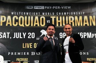 BEVERLY HILLS, CALIFORNIA - MAY 22: Manny Pacquiao and Keith Thurman pose during a press conference before their WBA Welterweight Championship fight at The Beverly Hills Hotel on May 22, 2019 in Beverly Hills, California.   Harry How/Getty Images/AFP