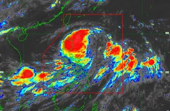 "Tropical Storm ""Falcon"" maintains strength as it slightly accelerates"