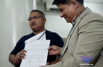 "Peter Joemel Advincula, accompanied by his lawyer Larry Gadon, on Thursday, July 18, filed charges against those they said were behind the ""Ang Totoong Narco-list"" videos against President Rodrigo Duterte and his family./Moira Encina/Eagle News/"