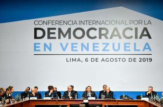 """Handout photo released by the Peruvian Ministry of Foreign Affairs of a general view of the International Conference for Democracy in Venezuela in Lima on August 6, 2019. - Washington warned third parties on Tuesday to avoid doing business with the Venezuelan regime of Nicolas Maduro, as delegates from some 60 countries met in Lima to discuss ways of ending the crisis in South American nation. (Photo by HO / Peruvian Ministry of Foreign Affairs / AFP) / RESTRICTED TO EDITORIAL USE - MANDATORY CREDIT """"AFP PHOTO / PERUVIAN MINISTRY OF FOREIGN AFFAIRS"""" - NO MARKETING NO ADVERTISING CAMPAIGNS - DISTRIBUTED AS A SERVICE TO CLIENTS"""