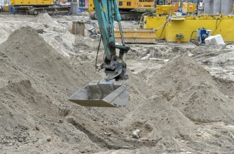 General view of the construction site close to Berlin's Alexanderplatz where a 100 kg World War II bomb was discovered on June 14, 2019. - The 100-kilogramme (220-pound) explosive was unearthed on a building site adjacent to the Alexa shopping centre and near a train line at the central transport hub of Alexanderplatz in the city's east. People were being evacuated from within a 300-metre radius of the corroded bomb, which had an intact detonator, police said. (Photo by John MACDOUGALL / AFP)