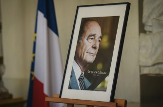 "A picture taken at the Elysee presidential palace in Paris on September 28, 2019 shows a portrait of late former French President Jacques Chirac as people are invited to sign condolence registers. - Former French president Jacques Chirac died on September 26 at the age of 86 after a long battle with deteriorating health, prompting tributes from across the political spectrum for a charismatic statesman who famously said ""non"" to the 2003 Iraq war. The centre-right Chirac, acknowledged even by foes as a canny political fighter, rose to prominence as mayor of Paris before becoming prime minister and then serving as head of state from 1995 to 2007. (Photo by LUCAS BARIOULET / AFP)"