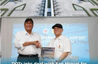 Transportation Secretary Arthur  Tugade and SMC President and Chief Operating Officer Ramon Ang signed the concession agreement on the construction of the Bulacan Int'l Airport on Wednesday, Sept. 18, 2019. (Photo courtesy DOTr and San Miguel Corporation.)