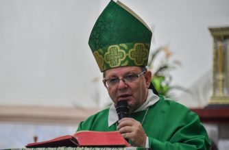 Brazilian Bishop Wilmar Santin offers mass at the Santana Cathedral in Itaituba, Para state, Brazil, in the Amazon rainforest, on September 8, 2019. - According to Bishop Santin, the Catholic church needs to be more proactive in the Amazon rainforest region, where it is losing ground to agile evangelical rivals. (Photo by NELSON ALMEIDA / AFP)