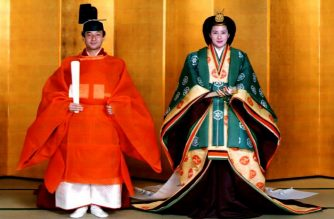 (FILES) This Imperial Palace file photo taken on June 2, 1993 shows Japanese then Crown Prince Naruhito (L) and his bride, Masako Owada, in full traditional Japanese Imperial wedding costumes at the Imperial Palace. - Rarely seen outfits, elaborate thrones and ancient paraphernalia will adorn a sacred and sumptuous ceremony on October 22, 2019 marking the formal ascension of Emperor Naruhito to Japan's Chrysanthemum Throne. (Photo by Handout / Imperial Household Agency / AFP)