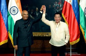 President Rodrigo Roa Duterte gets his hand raised by President of the Republic of India Ram Nath Kovind after declaring their joint press statements following the successful expanded bilateral meeting at the Malacañan Palace on October 18, 2019. President Kovind is on a five-day state visit to the Philippines. RICHARD MADELO/PRESIDENTIAL PHOTO