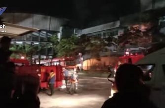 Firemen in General Santos respond to a fire in Gaisano Mall on Wednesday night. The fire broke out after a 6.3-magnitude quake hit parts of Mindanao. /Marigold Soriano/Eagle News/