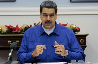 """Handout picture released by the Venezuelan Presidency press office showing Venezuela's President Nicolas Maduro during a meeting with members of his cabinet at he Miraflores Presidential Palace, in Caracas, on November 8, 2019. - Maduro assured the Venezuelan people are happy for the liberation of Brazilian former President Luiz Inacio Lula da Silva. (Photo by HO / Venezuelan Presidency / AFP) / RESTRICTED TO EDITORIAL USE - MANDATORY CREDIT """"AFP PHOTO / VENEZUELAN PRESIDENCY """" - NO MARKETING NO ADVERTISING CAMPAIGNS - DISTRIBUTED AS A SERVICE TO CLIENTS"""